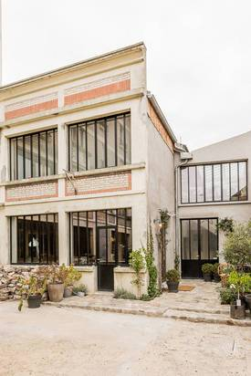 Bureaux, local professionnel Montreuil (93100) - 110m² - 2.300€