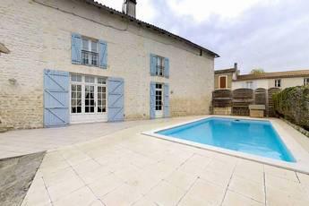 Vente maison 180m² Mosnac (17240) - 216.000€