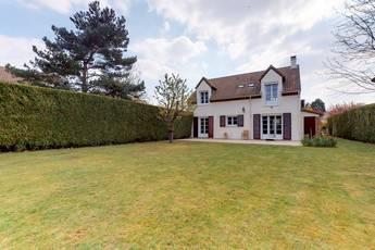 Vente maison 154m² Montigny-Le-Bretonneux (78180) - 695.000€