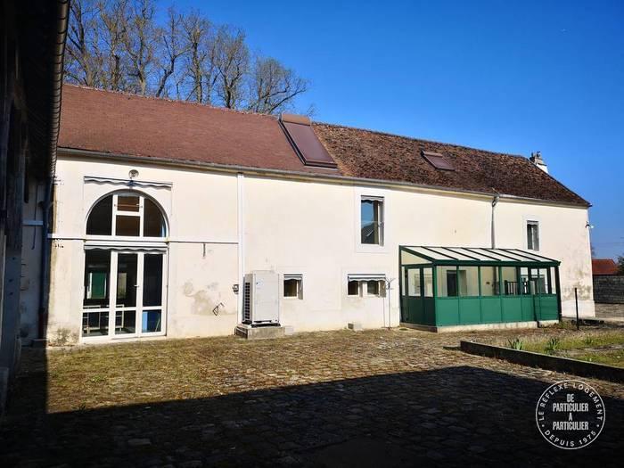 Vente et location Local d'activité Chennevieres-Les-Louvres (95380) 600m² 5.000€