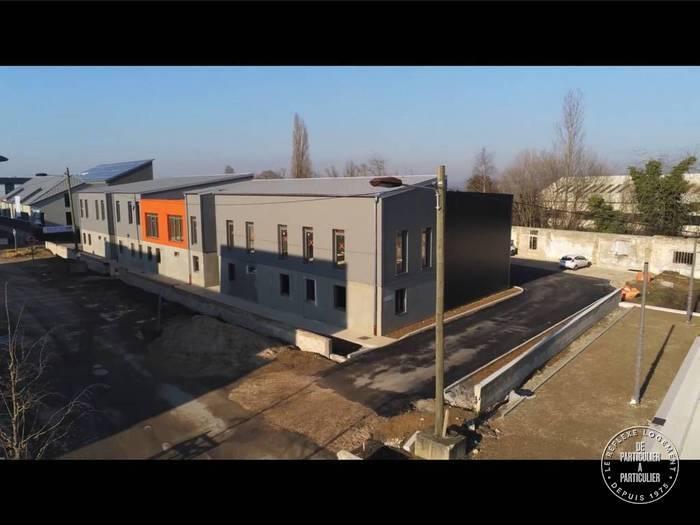 Vente et location Local d'activité Saint-Cyr-L'ecole (78210) 332m² 2.905€