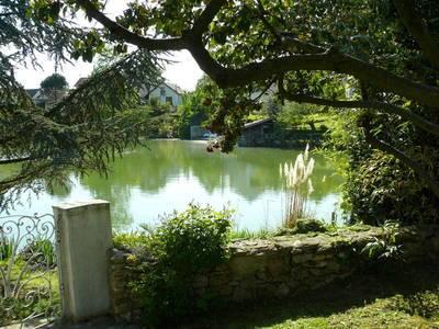 Maison Avec Jardin Et Sur Étang Privé - Orly