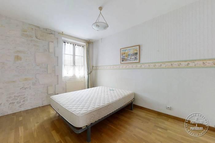 Immobilier À 10 Min Jonzac 174.000€ 180m²