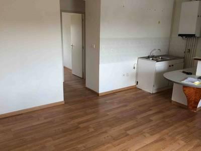 Location appartement 2pièces 46m² Grammond - 345€