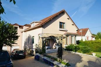 Vente maison 300m² Saint-Remy-Les-Chevreuse (78470) - 748.800€