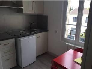 Location meublée appartement 2pièces 22m² Nanterre (92000) - 740€