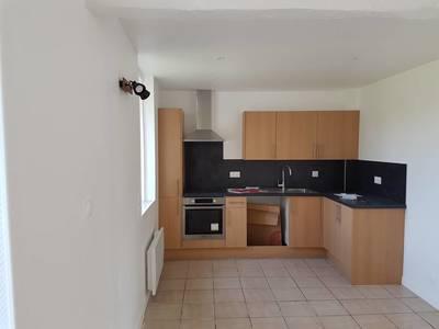 Location maison 95m² Labbeville (95690) - 990€