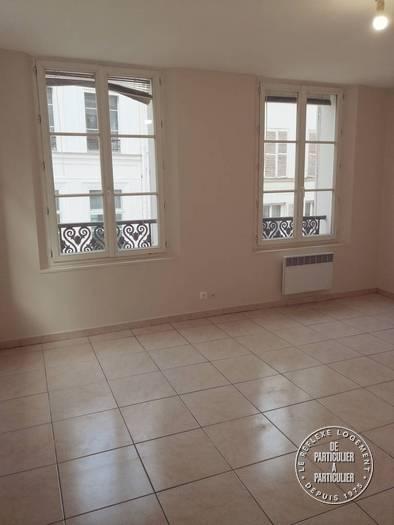 Appartement Paris 1Er 990€