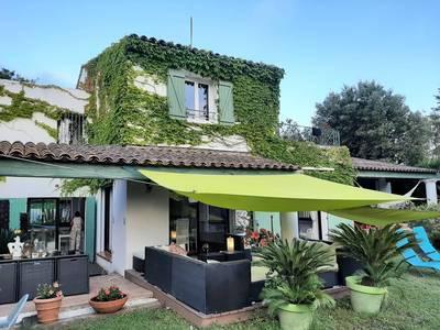 Vente maison 205m² Roquebrune-Sur-Argens (83) - 780.000€