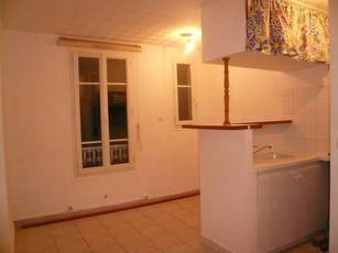 Location studio 20m² Paris 11E - 800€