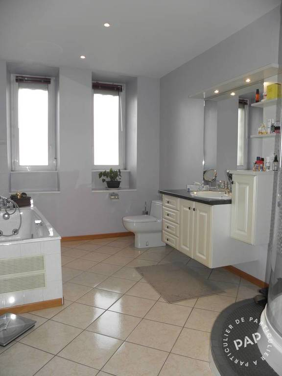 Immobilier Gray 189.000€ 197m²