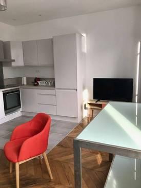 Location meublée appartement 2pièces 37m² Courbevoie (92400) - 1.295€