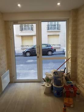 Bureaux, local professionnel Paris 15E - 11m² - 1.200€