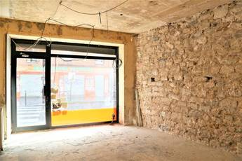 Vente local commercial 78 m² Paris 20E - 380.000 €