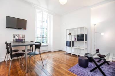 Location meublée appartement 3pièces 43m² Paris 16E - 1.950€