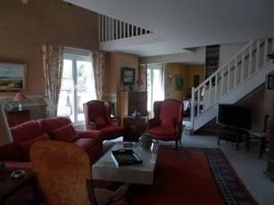 Vente appartement 6pièces 232m² Verrieres-Le-Buisson (91370) - 850.000€