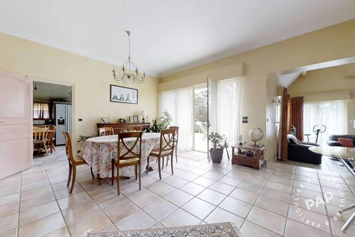 Vente immobilier 590.000€ Entre Poissy Et Mantes