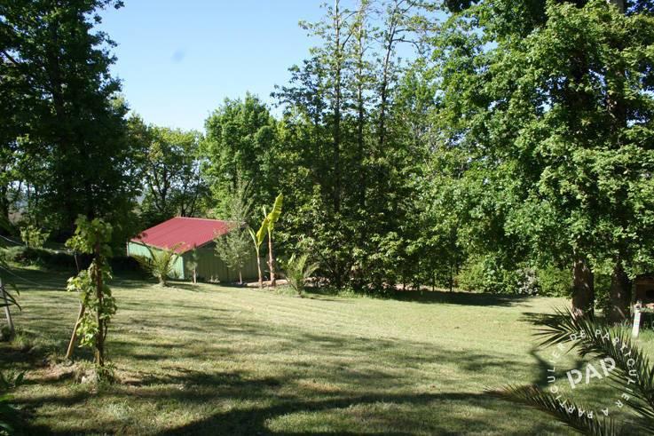 Vente immobilier 599.000€ Saint-Cyprien (24220)