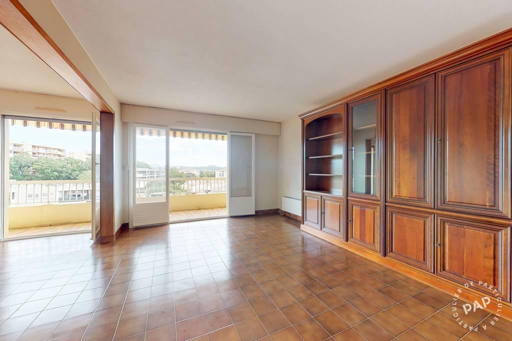 Appartement 250.000€ 85m² Frejus (83)