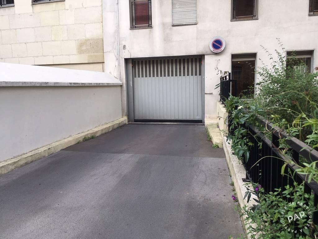 Location Garage, parking Paris 13E  140€