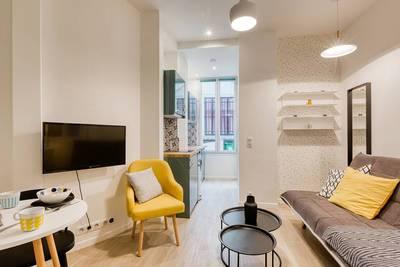 Location meublée studio 17m² Paris 10E - 780€