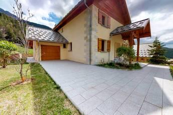 Vente maison 180m² Arvieux - 307.000€