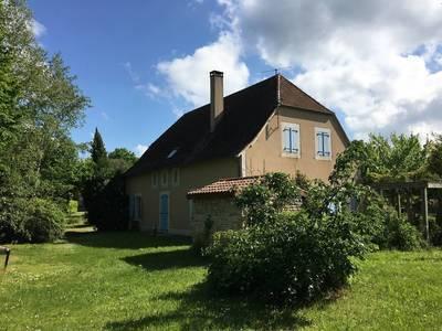 Vente maison 200m² Saint-Sozy (46200) - 200.000€