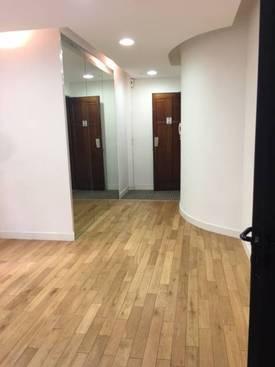 Bureaux, local professionnel Paris 15E - 60m² - 1.700€