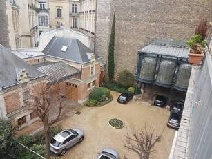 Location meublée appartement 2pièces 62m² Paris 16E - 2.450€