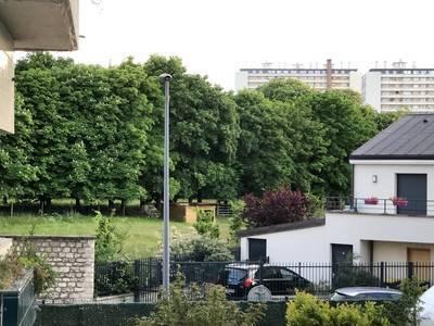 Location appartement 2pièces 30m² Issy-Les-Moulineaux (92130) - 840€