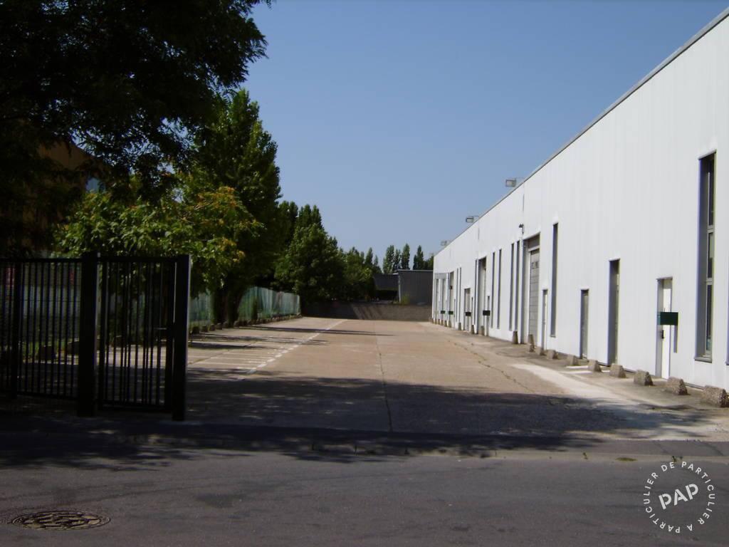 Local d'activité Saint-Ouen-L'aumône 3.173€