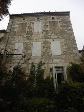 Vente maison 330m² Puymirol - 130.000€