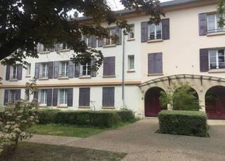 Location appartement 2pièces 46m² Gif-Sur-Yvette (91190) - 980€