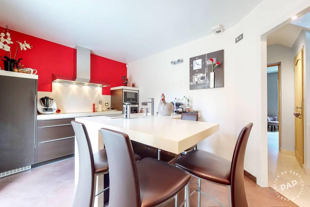 Maison Saint-Pierre-Les-Nemours (77140) 480.000€