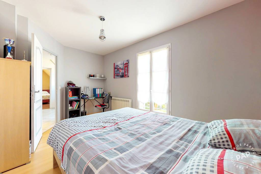Immobilier Saint-Pierre-Les-Nemours (77140) 480.000€ 190m²