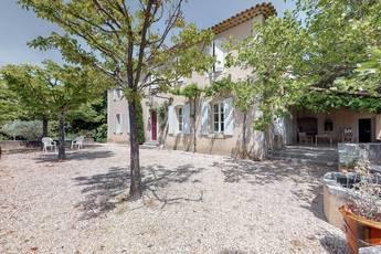 Vente maison 230m² Vaugines (84160) - 900.000€