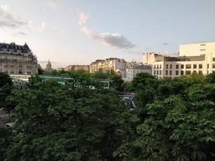 Location appartement 2pièces 42m² Paris 15E - 1.600€