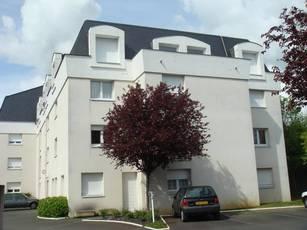 Location studio 21m² Angers - 395€