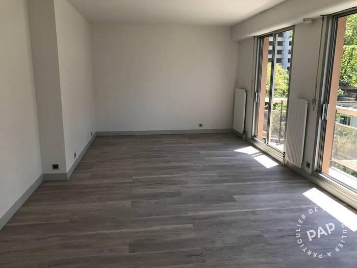 location studio 35 m nanterre 92000 35 m 840. Black Bedroom Furniture Sets. Home Design Ideas