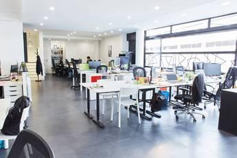 Bureaux, local professionnel Paris 13E - 375m² - 10.000€