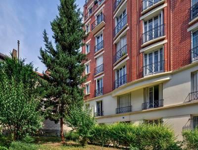 Location meublée appartement 3pièces 63m² Paris 20E - 2.190€