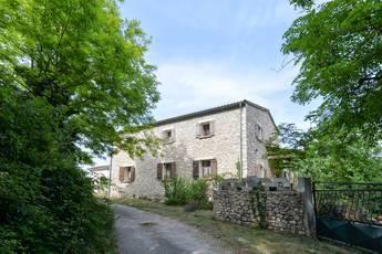 Vente maison 250m² A Proximité De Grignan - 1.200.000€