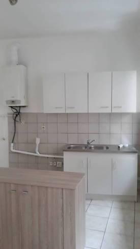 Location appartement 3pièces 70m² Toulon (83) - 690€