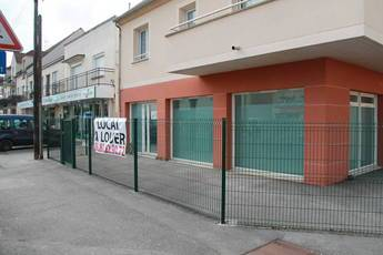Location ou cession local commercial 78 m² Gretz-Armainvilliers (77220) - 1.200 €