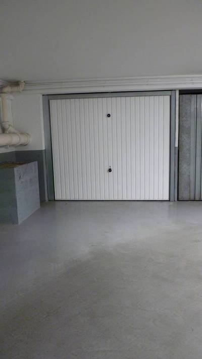 Location garage, parking Paris 16E - 250 €