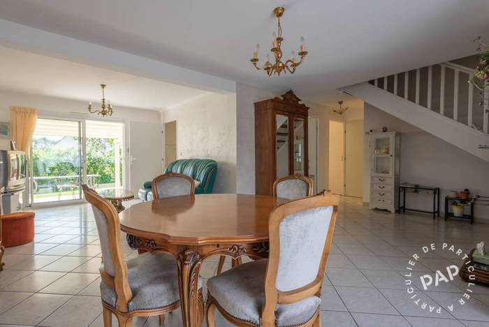 Vente immobilier 359.000 € Theix