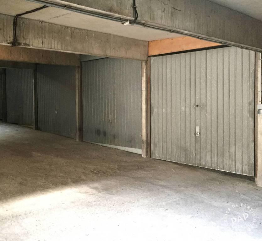 Location Garage, parking Montreuil (93100)  110€