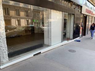 Location ou cession local commercial 46 m² Paris 5E - 2.200 €