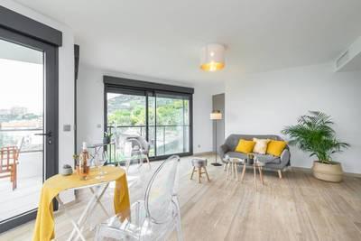 Location appartement 2pièces 48m² Beausoleil (06240) - 1.465€