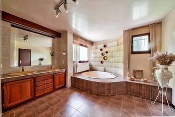 Vente maison 390m² Reuil-En-Brie (77260) - 685.000€